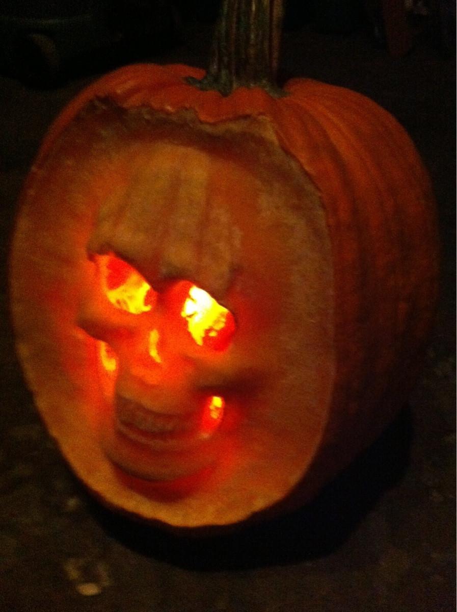 Homemade Dazzling Pumpkins Halloween Decorations