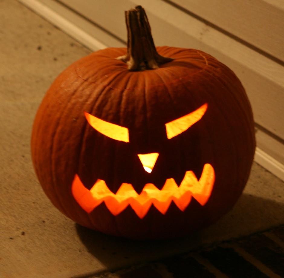 Jack O Lantern Pumpkin For Halloween Halloweenonearth Com
