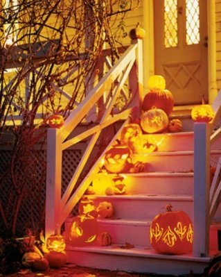 Scary Pumpkin Stairs In Halloween Home Decorations